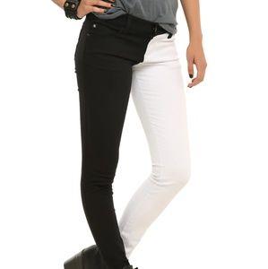 Tripp NYC Split Black & White Skinny Jean's - 11